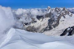 Mont Blanc berg, sikt från Aiguille du Midi france Royaltyfria Foton