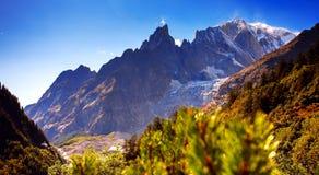 Mont Blanc, Courmayeur, Italien Lizenzfreie Stockbilder
