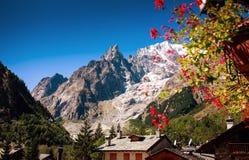 Mont Blanc, Courmayeur, Italien Stockbilder