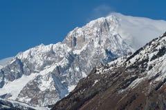 Mont Blanc de Courmayeur Fronte sudorientale massiccio della montagna Immagini Stock Libere da Diritti