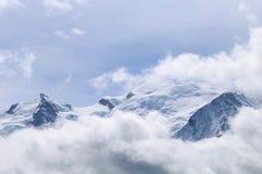 Mont Blanc in de wolken Stock Afbeelding