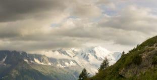 Mont Blanc-Gebirgsmassiv stockfotografie