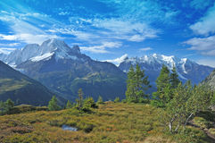 Mont Blanc Hiking Trail fotografía de archivo libre de regalías