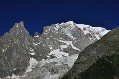 Mont Blanc lato alza, delle alpi italiane e francesi, Italia Fotografie Stock Libere da Diritti