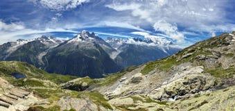 Mont Blanc massiv Royaltyfria Bilder
