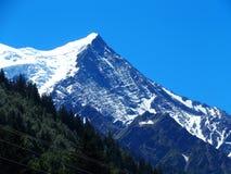 Mont Blanc massiv i Chamonix Arkivbild