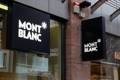 Mont Blanc Shop Logo in Frankfurt royalty-vrije stock afbeelding