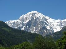 Mont Blanc von Courmayeur Italien lizenzfreie stockfotos
