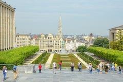 Mont des Arts in Brussel overvol door toeristen Stock Foto's