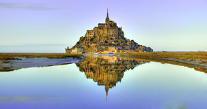 Mont Saint-Michel at dusk Royalty Free Stock Photos