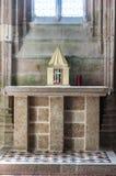 Mont Saint Michel, Francia - 8 de septiembre de 2016, Abbe benedictino Foto de archivo libre de regalías
