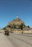 Mont Saint Michel, Francia - 8 de septiembre de 2016: Vista panorámica a Fotografía de archivo libre de regalías
