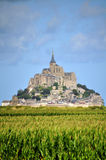 Mont Saint Michel i Frankrike Royaltyfri Bild