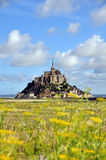 Mont Saint Michel i Frankrike Arkivfoton