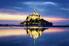 Mont-Saint-Michel by night Royalty Free Stock Images