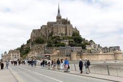 Mont Saint-Michel Tourists Fotografía de archivo