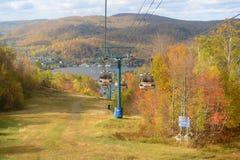 Mont Tremblant con il fogliame di caduta, Quebec, Canada Immagine Stock Libera da Diritti