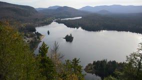 Mont Tremblant National Park en caída almacen de video
