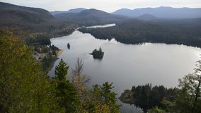 Mont Tremblant National Park im Fall stock video