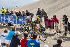 Mont Ventoux s'élevant Image stock