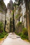 Montaña única Adrspasske de las rocas skaly en el parque nacional Adrspach, República Checa Imagen de archivo libre de regalías
