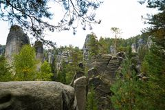 Montaña única Adrspasske de las rocas skaly en el parque nacional Adrspach, República Checa Imagen de archivo