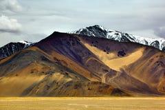 Montaña amarilla Foto de archivo libre de regalías