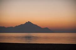 Montaña Athos en la puesta del sol Imagenes de archivo