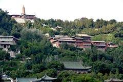 Montaña blanca de la pagoda en Lanzhou, China fotos de archivo
