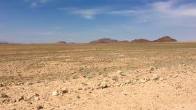 Montaña con las montañas y los desiertos en Namibia Imagenes de archivo