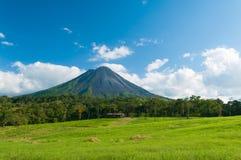 Montaña de Arenal Fotos de archivo