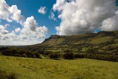 Montaña de Benbulben, condado Sligo Foto de archivo