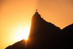 Montaña de Corcovado con Cristo el redentor Foto de archivo libre de regalías