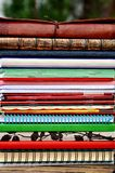 Montaña de cuadernos Imagen de archivo