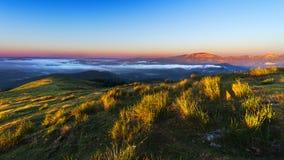 Montaña de Gorbea de Saibi en la salida del sol Imagen de archivo libre de regalías