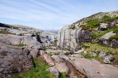 Montaña de Kjerag en Noruega Imagen de archivo