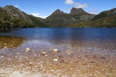Montaña de la cuna del ` s de Tasmania Foto de archivo