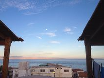 Montaña de la luna del paisaje marino Foto de archivo
