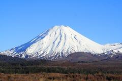 Montaña de la nieve Foto de archivo libre de regalías