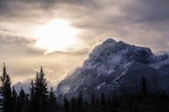 Montaña de la nieve durante d3ia Foto de archivo libre de regalías
