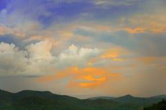 Montaña de la puesta del sol Foto de archivo libre de regalías