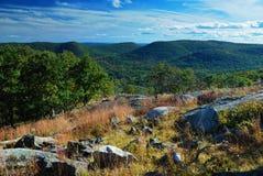 Montaña de la roca imagen de archivo libre de regalías