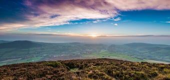 Montaña de la salida del sol Fotos de archivo libres de regalías
