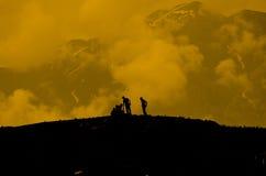 Montaña de la silueta Fotografía de archivo