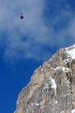 Montaña de Lagazuoi según lo visto de Passo Falzarego en el invierno, dolomías, ` Ampezzo, Belluno, Véneto, Italia de la cortina  Imágenes de archivo libres de regalías