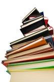 Montaña de libros Imagenes de archivo