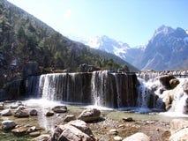 Montaña de Lijiang Yulong Imagenes de archivo