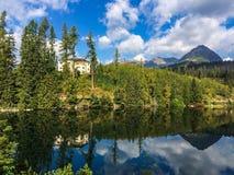 montaña de los tatras en Eslovaquia en un rato de verano foto de archivo