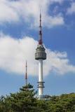 Montaña de Namsan de la torre de Seul en Corea Imagenes de archivo