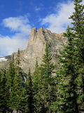 Montaña de Notchtop en un día de verano en Rocky Mountain National Par Fotografía de archivo